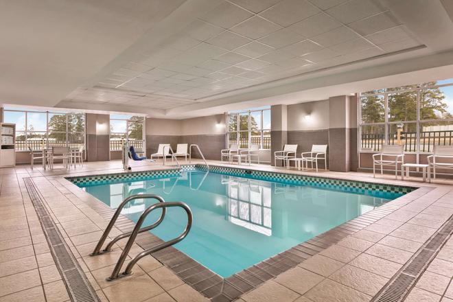 Country Inn & Suites by Radisson, Petersburg, VA - Petersburg - Pool