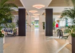 H10 馬洛卡海灘酒店 - 卡爾維亞 - 聖蓬薩 - 大廳