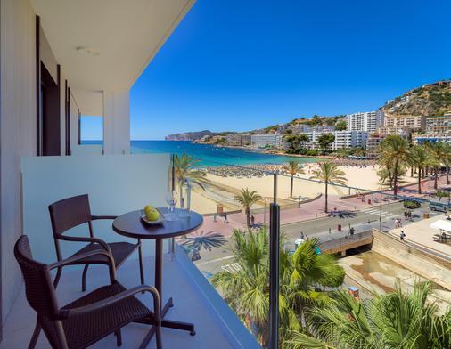 H10 馬洛卡海灘酒店 - 卡爾維亞 - 聖蓬薩 - 陽台