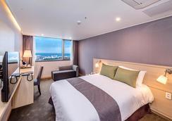 Hotel Shalom Jeju - Thành phố Jeju - Phòng ngủ