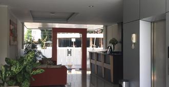 The Eight Hotel - Bandung - Lobby