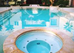 Santuario Diegueño - Tecate - Pool