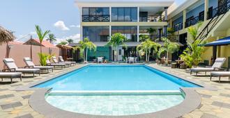 Hotel Babylon - Paramaribo - Piscina