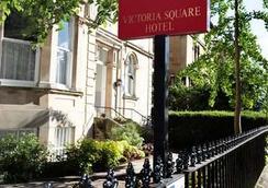 Victoria Square Hotel - Bristol - Outdoor view