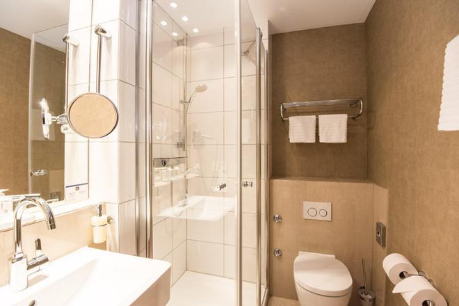 貝斯特韋斯特聖拉菲爾酒店 - 漢堡 - 漢堡 - 浴室