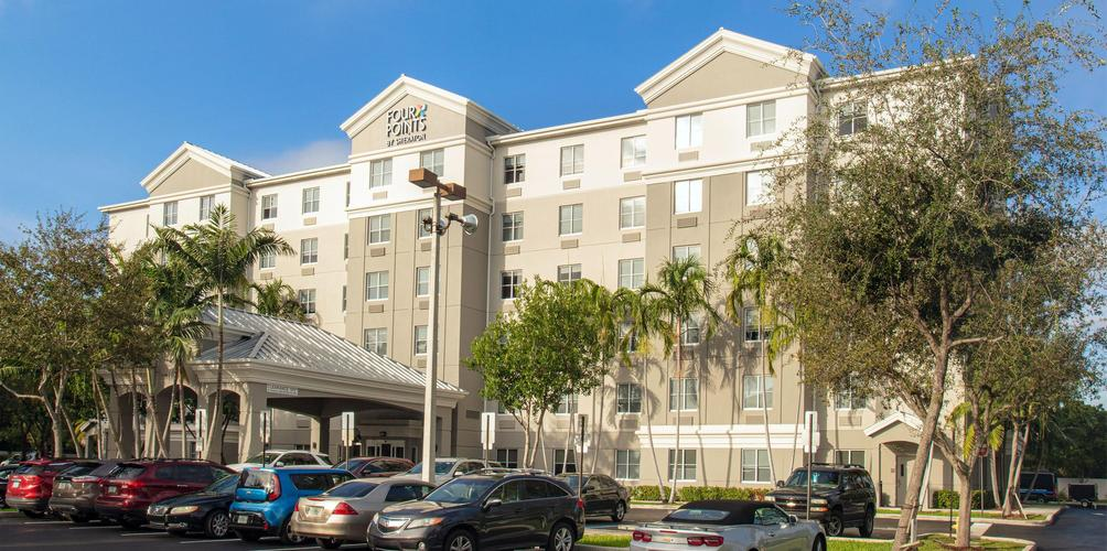 Four Points By Sheraton Fort Lauderdale Airport Dania Beach 71 1 1 9 Dania Beach Hotel Deals Reviews Kayak