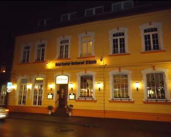 Hotel Central Restaurant El Barrio - Grevenbroich - Gebäude