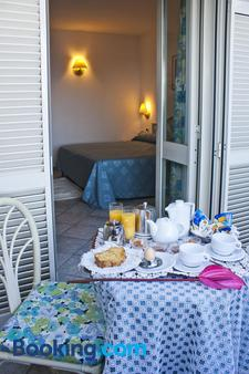 Punta Chiarito Resort - Forio - Bedroom