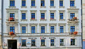 A Plus Hotel & Hostel - Prague - Bâtiment