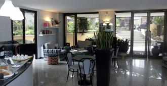 Hotel Desiderio - רומא