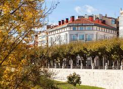 AC Hotel Burgos by Marriott - Burgos - Edifício