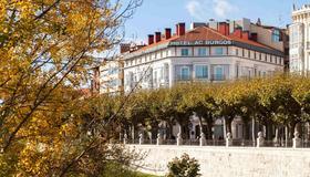 AC Hotel Burgos by Marriott - Burgos - Edificio