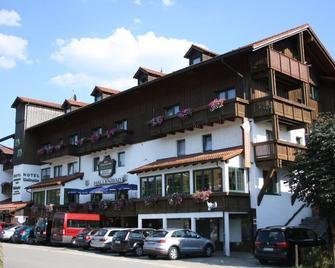 Hotel Waldspitze - Bayerisch Eisenstein - Edificio