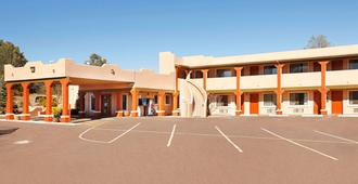 Super 8 by Wyndham Payson - Payson - Building