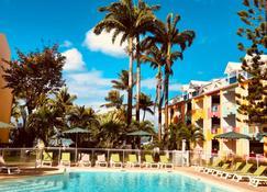 Canella Beach Hotel - Le Gosier - Πισίνα