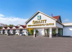 Quality Inn & Conference Centre - Orillia - Rakennus