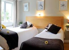 Tierneys Guesthouse On Main Street - Kinsale - Bedroom