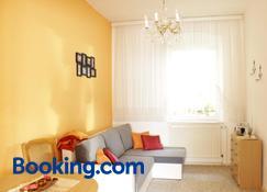 Ferienwohnung Wunderlich - Krausnick-Groß Wasserburg - Living room