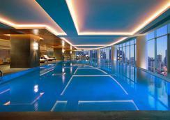 Hyatt Regency Chongqing - Trùng Khánh - Bể bơi