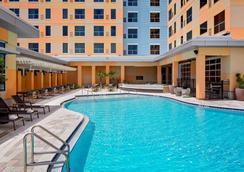 奧蘭多環球影城度假村對面凱悅嘉寓飯店 - 奧蘭多 - 游泳池