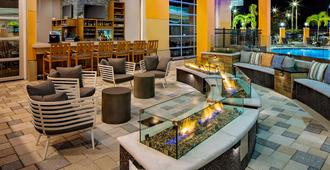Hyatt House across from Universal Orlando Resort - אורלנדו - טרקלין