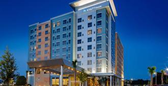 Hyatt House across from Universal Orlando Resort - Orlando - Edifício
