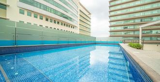 TRYP by Wyndham Guayaquil - Guayaquil - Piscina