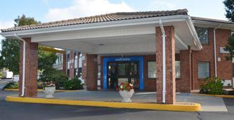 Motel 6 Newport, RI - Newport - Edificio