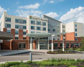 Hyatt Place Cincinnati / Sharonville Convention Center - Sharonville - Building