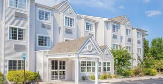 Microtel Inn & Suites by Wyndham Salisbury - Salisbury