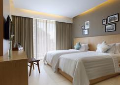 Ossotel Legian Bali - Kuta - Phòng ngủ