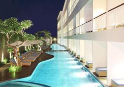 Ossotel Legian Bali - Kuta - Bể bơi