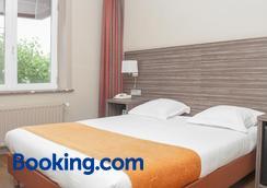 Hotel Castel - Ghent - Bedroom