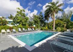 팜 가든 호텔 바베이도스 - 브리지타운 - 수영장