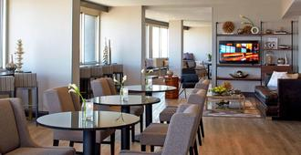 Renaissance St. Louis Airport Hotel - San Luis - Restaurante