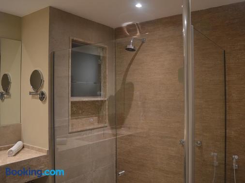 Hotel Escola Bela Vista - Volta Redonda - Bathroom