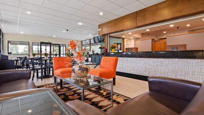 Best Western Alpenglo Lodge - Winter Park - Lobby