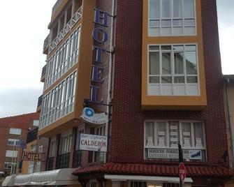 Hotel El Canton - San Vicente de la Barquera - Building