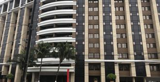 Hotel Faro Inn Salvador - Salvador de Bahía - Edificio