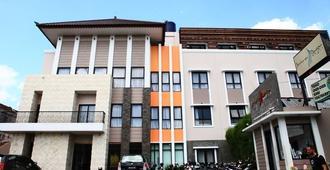 Hotel Jentra Dagen - Yogyakarta - Edificio