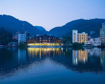 The Richforest Hotel- Sun Moon Lake - Yuchi - Vista esterna