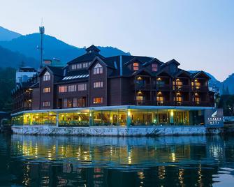 The Richforest Hotel- Sun Moon Lake - Yuchi - Building