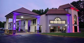 Motel 6 Suwanee. Ga Gwinnett Center - Suwanee - Building