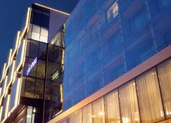 Park Inn by Radisson Central Tallinn - Tallinn - Building