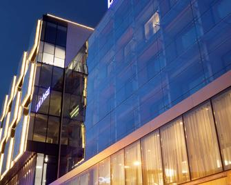 Park Inn by Radisson Central Tallinn - Tallín - Edificio