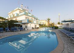 Hotel Eco Del Mare - Marina di Massa - Uima-allas
