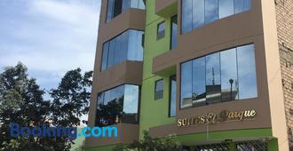 Suites El Parque - Lima - Building