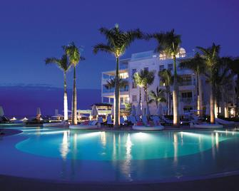 The Palms Turks And Caicos - Providenciales - Building