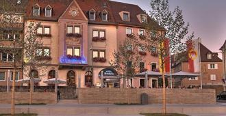 Hotel Walfisch - וירצבורג - בניין