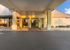 Quality Inn & Suites - Eufaula - Building